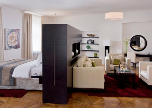 Main room gran suite 197 hotel barcelo old town praha25 8555