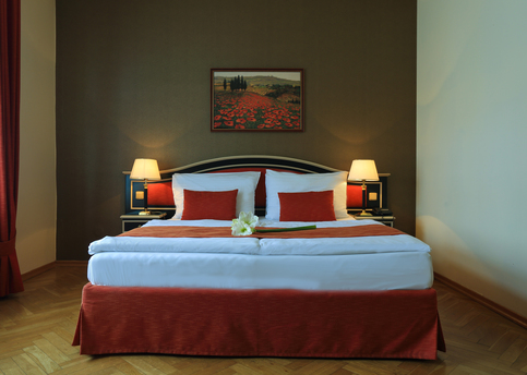 Main hotel elysee double room 02