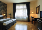 Thumb hotel elysee double room 03