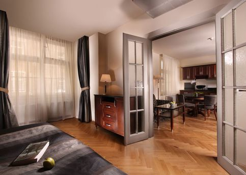 Main hotel elysee apartment living room with kitchenette 2012 800px